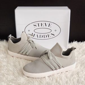 ✨New STEVE MADDEN Lancer Fashion Mid Top Sneakers